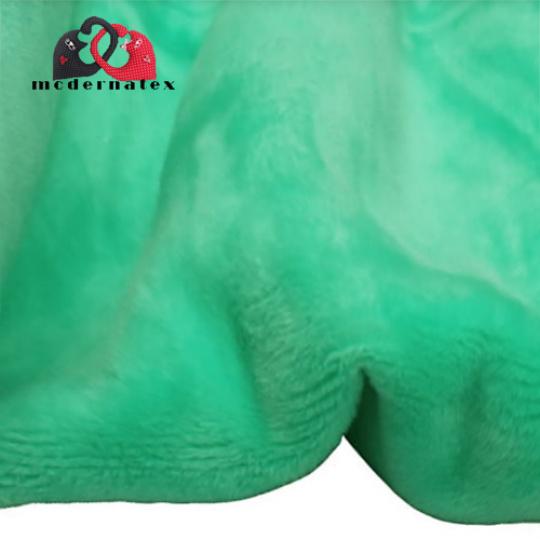 Minky mikroplyš jednobarevné barva mentolová